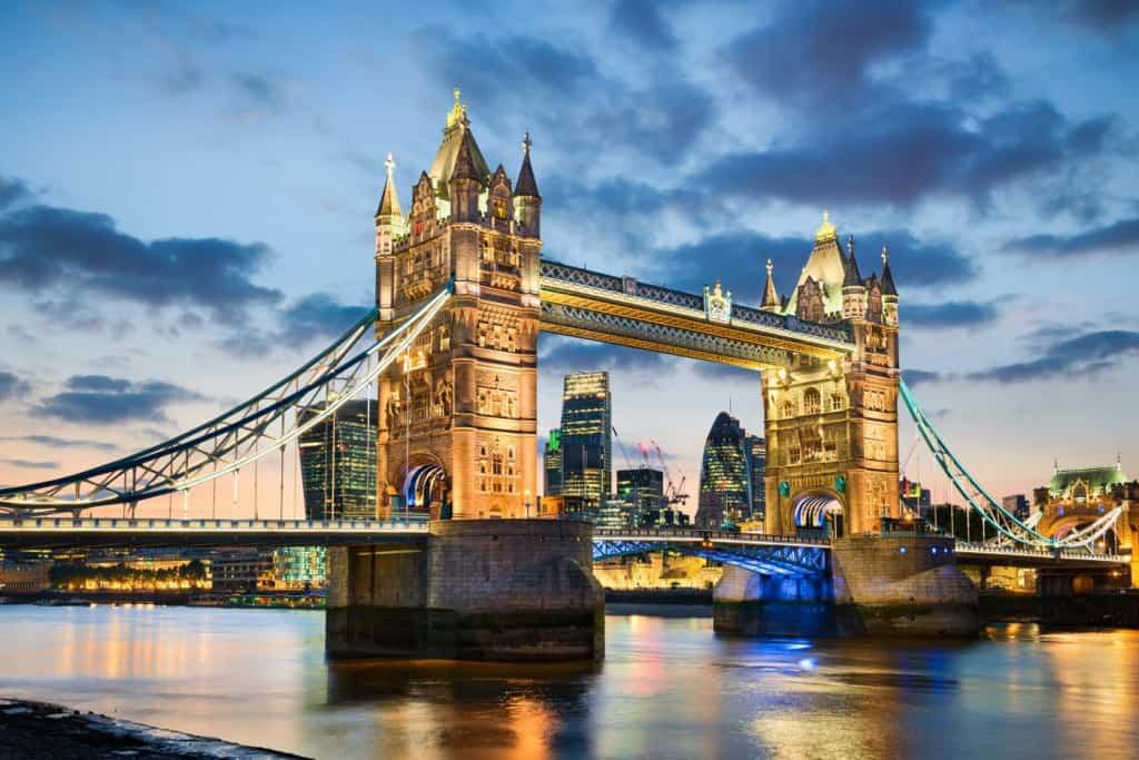 Il Tower Bridge, una delle attrazioni principali di Londra