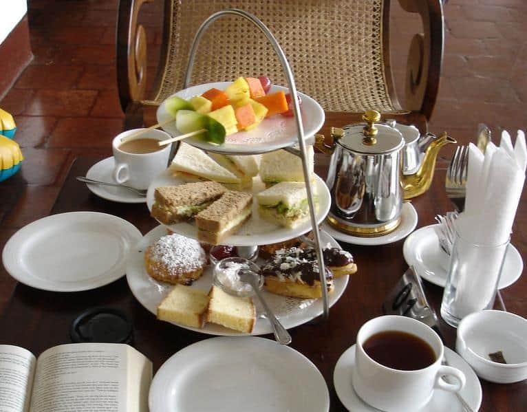 L'Afternoon tea, un rito tipicamente inglese