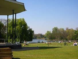 s_Park_bandstand