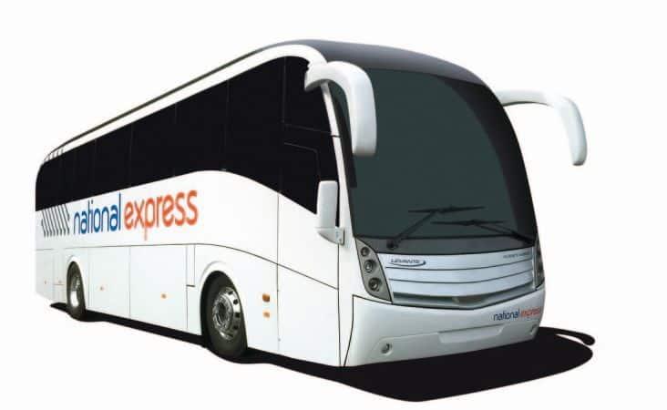 Il bus navetta Terravision collega l'aeroporto di Stansted con il centro di Londra
