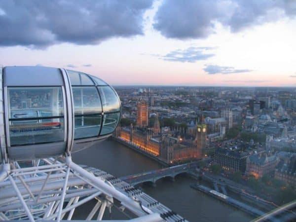 Il London Eye, scopri orari, prezzi e biglietti salta la coda!